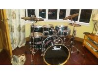 PEARL Drumkit in excellent condition. All stands, drum seat, pedals and hardware included in price.