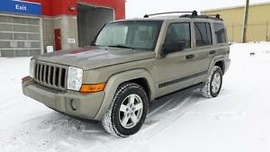 7 PASSENGER*** JEEP COMMANDER 4X4***LEATHER HEATED SEATS***