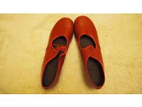 RED Tap Shoes. Size 4