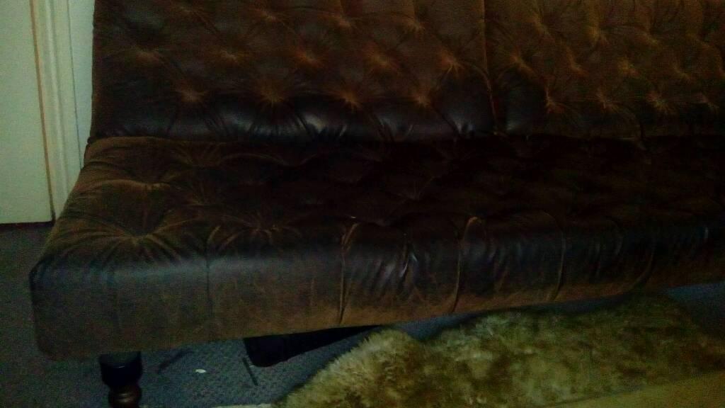 Sofa heals