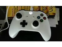 Xbox One Controller 2016 White Excellent condition