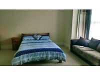 Refurbished cosy room in High Wycombe for a young professional lady