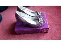 Lilac lunar elegance heels size 5