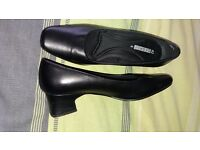 Black court shoes from George at asda. Size 8