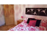 Festival let. Spacious double room