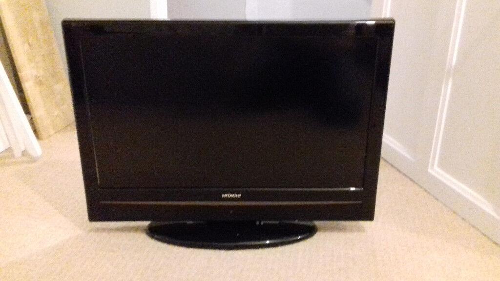 Hitachi L26DP04U 26 inch TV/DVD Combo