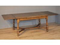 Lovely Large Vintage Oak Extending Draw Leaf Dining Kitchen Table, Sits 8-10