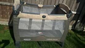 Reduce!Graco travel cot