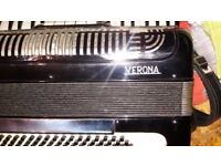 accordion *****casali verona italia *****120 bass*****very good play *****