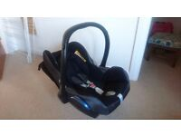 Maxi Cosi Cabriofix – baby car seat in great condition