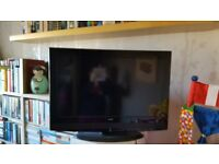 For Sale Alba 32in LCD Freeview TV with remote. £80