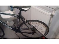 bike. Cannondale Synapse ultra . racing bike.