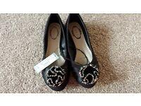 Debut Women Flat shoes size 3