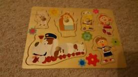 Baby wooden jigsaw puzzle