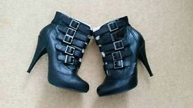 Heeled boots size 5