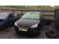 2005 Ford Focus Ghia 5dr 1.6 Petrol Black BREAKING FOR SPARES