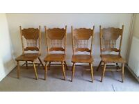 Round Oak dining table with set of 4 Wooden Dining Chairs (taken ASAP)