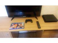 PS4 1TB SlimLine + computer desk + 32 inch tv