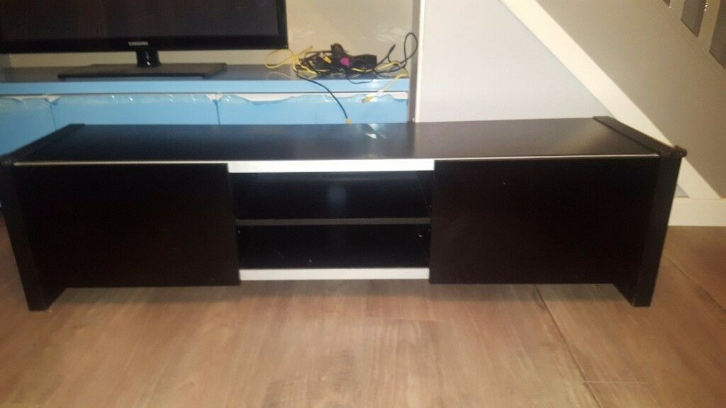 Black tv unit with gloss doors