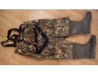 Prologic size 9 10 fishing chest waders realtree carp tackle