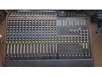 Studiomaster 16-8-2 mixer