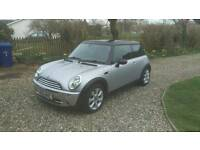 Mini Cooper 1.6 2006 low miles great condition