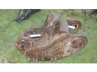 Excavator Quick hitch 80mm pins - hydraulic £500 plus vat £600