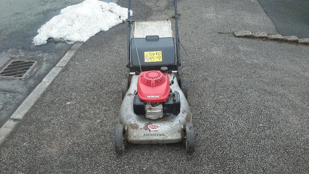 Honda Petrol Lawnmower In Abergavenny Monmouthshire