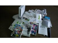 Nintendo Wii Fit - Complete Set including 2 Controllers & Wii Balance Board + 6 games