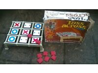 TOSS A CROSS VINTAGE NOUGHTS AND CROSSESS GAME