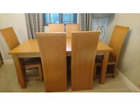 Oak dining room table 6 chairs