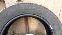 pneu d hiver 215/55 r17