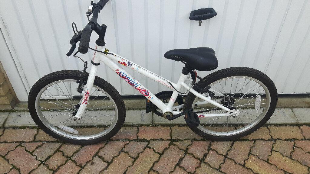 Kid Apollo Gemini bike. Very clean and good tyres. £35
