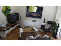 Festival Let: Double Room to let in modern, spacious flat at Quartermile (City Centre)