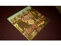 The Beatles, Sgt. Pepper, UK 1st pressing, in mono. In great shape. Mail order.
