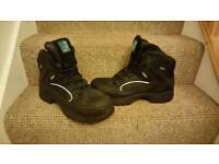 Steel toecap, gore text, work, safety boots. Size 9. Worn once.