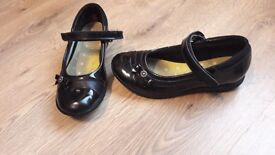 Girls clarks shoes size 2
