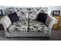 2 seater sofa and 2 chairs in v good condition