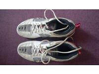Yonex Baminton Trainers Size UK 9.5 Vgc