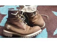 TIMBERLAND BOOTS SIZE 9/10 BROWN WITH OPTIONAL TURN DOWN TOPS GOOD CONDITION £20