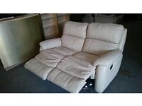 Real Leather sofa Recliner in Mint Condition
