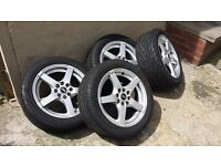15inch mint condition alloys with brand new sports tyres