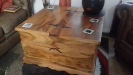 INDIAN JALI WOODEN STORAGE/COFFEE TABLE
