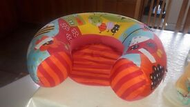 Baby doughnut seat. Clean and in very good condition. Only 8.00