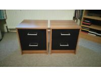 Set of two bedroom drawers