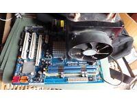 Q9300 Quad core CPU + 4Gb Hyper X RAM + ASRock G41M-GS motherboard bundle