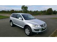 VW TOUAREG 2.5 DIESEL 2009 FOR SALE.