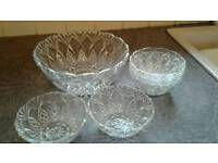 Trifle bowl with 5 smaller matching bowls.