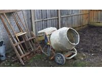 CHEAP Cement Mixer and building stands