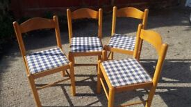 Set of 4 Wooden Chairs with Plaid Fabric Covered Seats